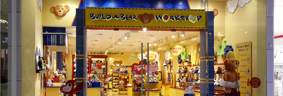 """build a bear case study soution Build-a-bear workshop invented """"experiential mall-based retailing"""" 16 years ago it is the only global company that provides a retail environment where children can create their own stuffed animals."""
